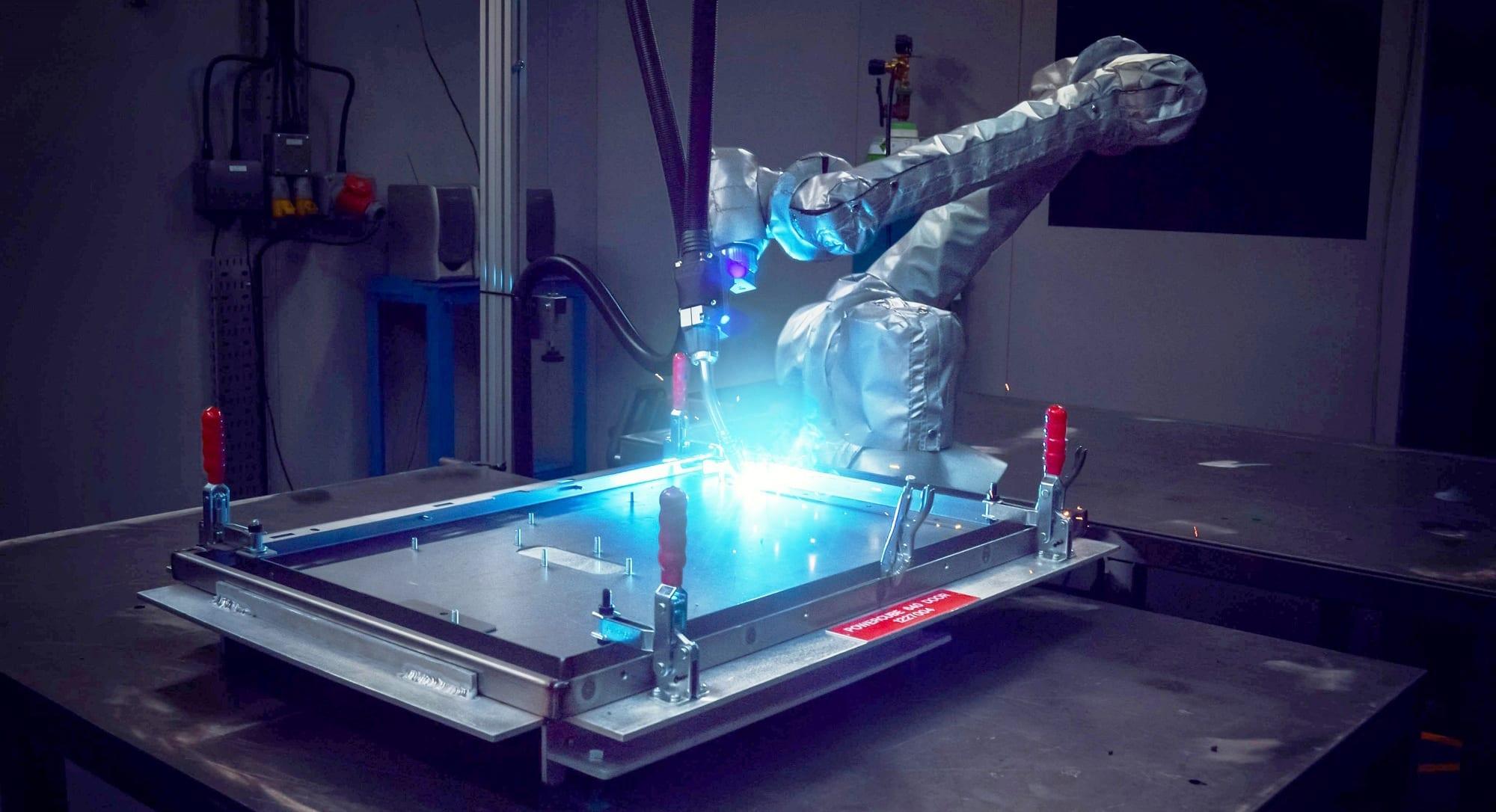 Universal Robot Welding By Olympus Technologies Technologies